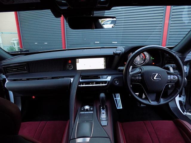 LC500 Sパッケージ OPマークレビンソン TRDエアロキット カールソン21inAW ワンオフマフラー RS-Rダウンサス アクティブRウイング カーボンルーフ 赤ハーフレザーシート セーフティシステム TVキット(15枚目)