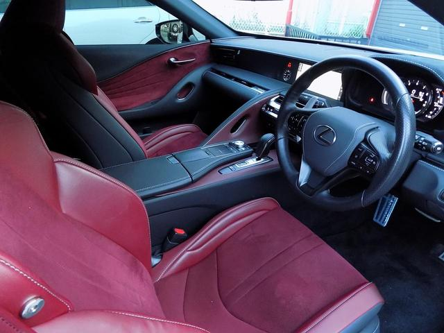 LC500 Sパッケージ OPマークレビンソン TRDエアロキット カールソン21inAW ワンオフマフラー RS-Rダウンサス アクティブRウイング カーボンルーフ 赤ハーフレザーシート セーフティシステム TVキット(23枚目)