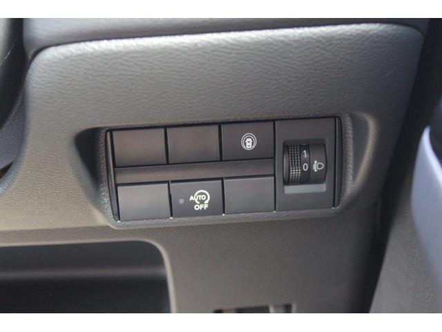 ☆当社は車を買っていただいた皆様に、毎月1回の愛車点検、半年に1回のエンジンオイル交換をそれぞれ永久無料で実施しております!アフターケアもばっちりです!ご安心ください☆