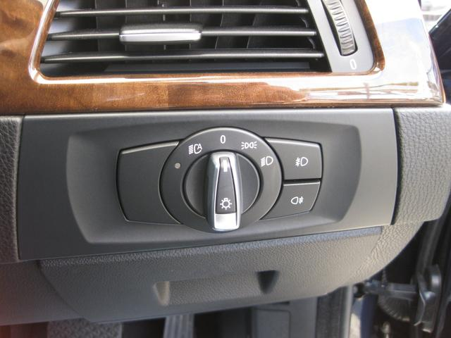 BMW BMW 320i ハイラインP LCI後期モデル HDDナビ 黒革