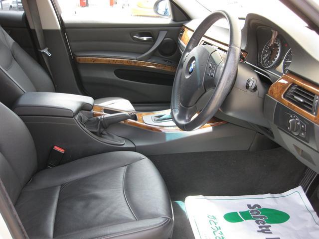 BMW BMW 320iツーリング ハイライン SDナビ フルセグTV 黒革