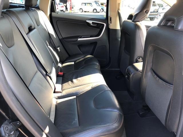 「ボルボ」「ボルボ XC60」「SUV・クロカン」「福岡県」の中古車16