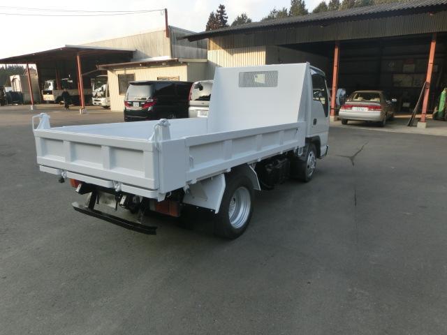 いすゞ エルフトラック 2tダンプ 全低床
