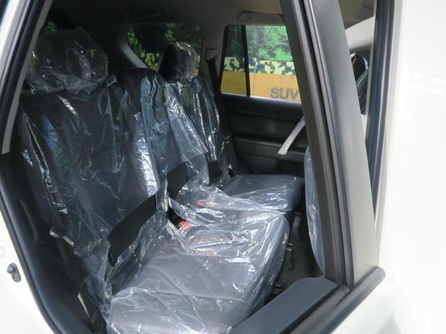 TX Lパッケージ・ブラックエディション 登録済未使用車 セーフティセンス サンルーフ ルーフレール クリアランスソナー レーダークルーズ LEDヘッド スマートキー 純正18インチアルミ オートマチックハイビーム(42枚目)