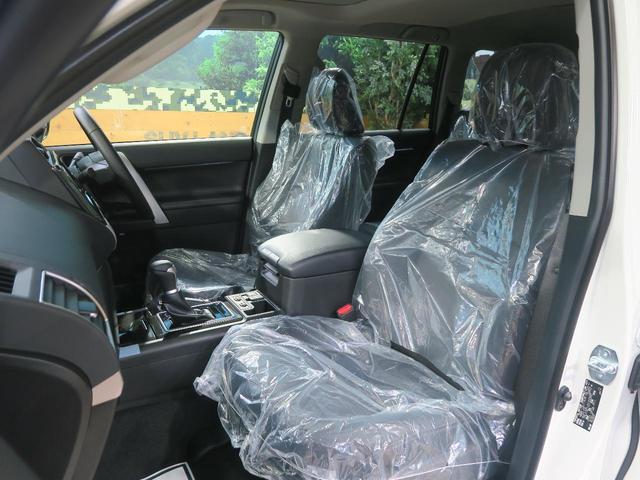 TX Lパッケージ・ブラックエディション 登録済未使用車 セーフティセンス サンルーフ ルーフレール クリアランスソナー レーダークルーズ LEDヘッド スマートキー 純正18インチアルミ オートマチックハイビーム(45枚目)