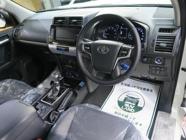 TX Lパッケージ・ブラックエディション 登録済未使用車 セーフティセンス サンルーフ ルーフレール クリアランスソナー レーダークルーズ LEDヘッド スマートキー 純正18インチアルミ オートマチックハイビーム(46枚目)