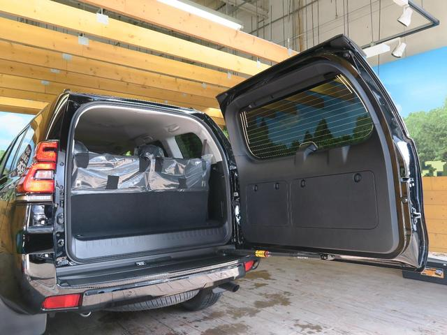 TX Lパッケージ 登録済未使用車 サンルーフ セーフティセンス クリアランスソナー 純正19インチオプションアルミ ルーフレール 禁煙車 シートベンチレーション LEDヘッド(55枚目)