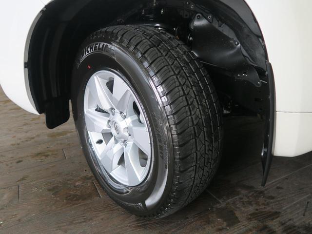 TX 登録済未使用車 4WD ディーゼル 7人乗り 電動ムーンルーフ クリアランスソナー ルーフレール LEDヘッド 禁煙車 純正17インチアルミ レーンアシスト(24枚目)