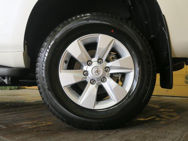 TX 登録済未使用車 4WD ディーゼル 7人乗り 電動ムーンルーフ クリアランスソナー ルーフレール LEDヘッド 禁煙車 純正17インチアルミ レーンアシスト(25枚目)