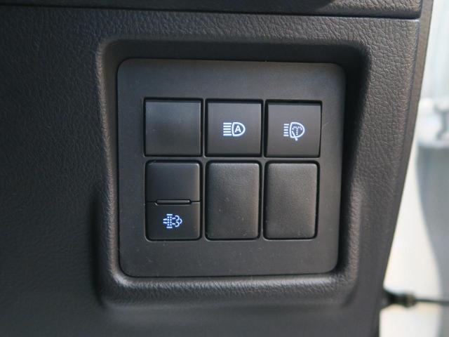 TX 登録済未使用車 4WD ディーゼル 7人乗り 電動ムーンルーフ クリアランスソナー ルーフレール LEDヘッド 禁煙車 純正17インチアルミ レーンアシスト(44枚目)