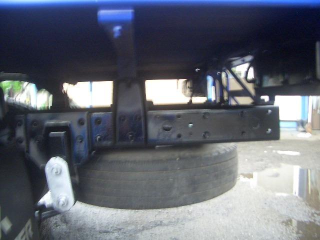 三菱ふそう キャンター 1.75トン全低床平ボディ-