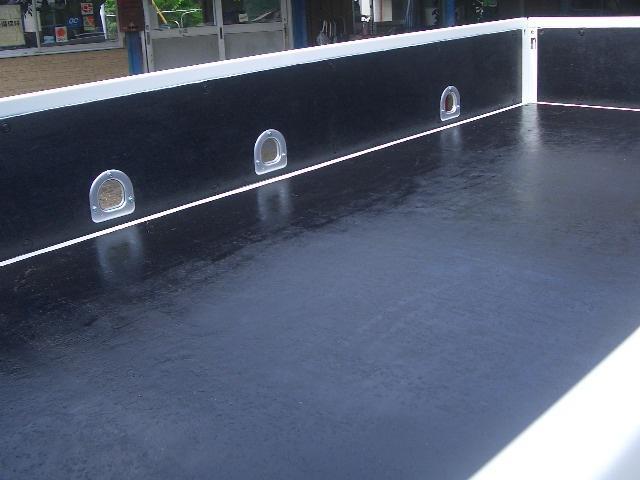 2トン全低床DX(9枚目)