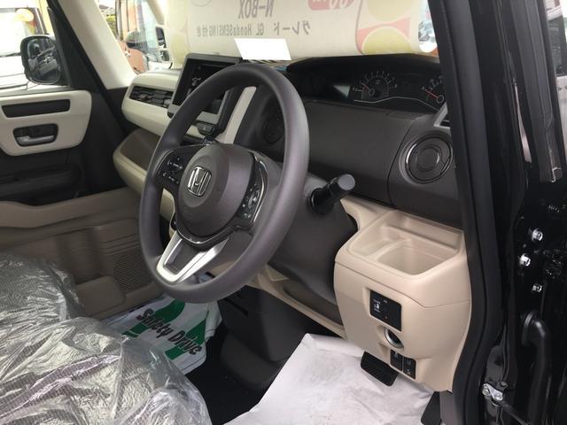 ホンダ N BOX G・Lホンダセンシング 片側電動ドア 届出済未使用車