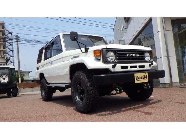 トヨタ ランドクルーザー70 ZX デフロック 5速 ZEAL2インチUP 4ナンバー