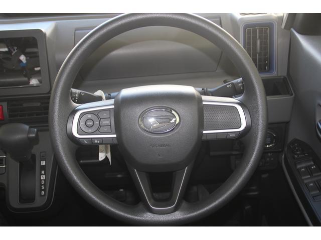 X 衝突被害軽減ブレーキ オーディオレス LEDヘッドランプ(8枚目)