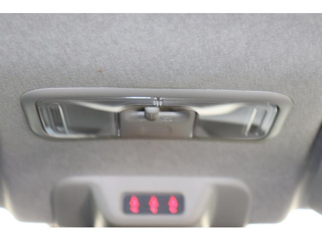 ルームランプ、シートベルト締め忘れ警告灯