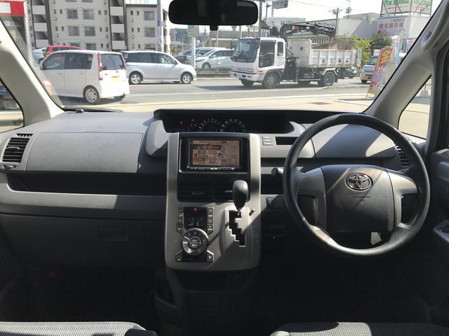 トヨタ ヴォクシー Z カロッツェリアHDDナビ DVD CD 地デジ ETC