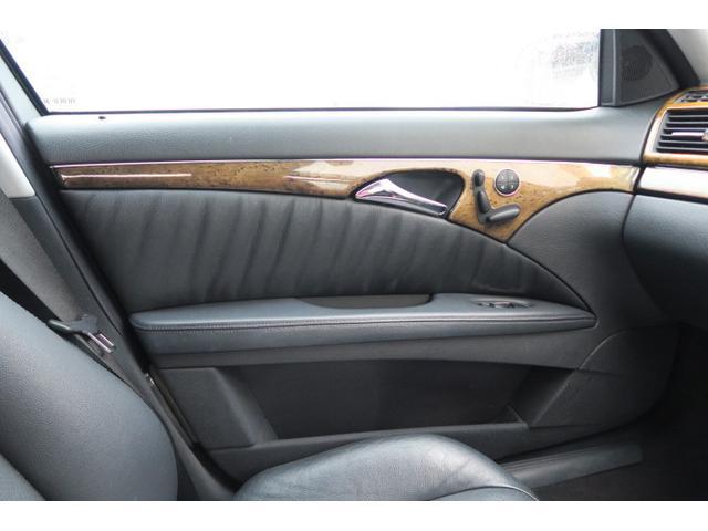 メルセデス・ベンツ M・ベンツ E320アバンギャルド E500仕様 サンルーフ 本革シート