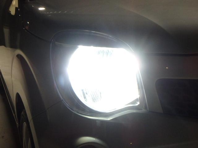 こちらは夜間の撮影です。 通常は黄ばんだ光のハロゲンランプなのですが、今回LEDシステムに仕様変更しましたので、ご覧の通り純白光のとても明るくキレイな輝きです。