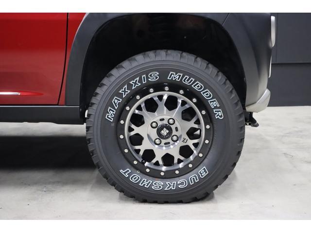 ずぅーと気になっていた方も多い事でしょう。ご説明します、ホイールはMJL製XTREME-J XJ04です。タイヤはMAXXIS製BUCKSHOT MUDDERです。
