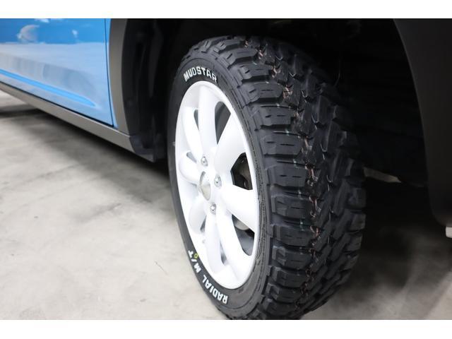 タイヤにもこだわりです。ご覧の通りタイヤは、とってもワイルドでゴツゴツしたオフロードタイプの『MUD STAR』を装着しています。このタイヤちょっと高いんですが、今回新品で装着しています。