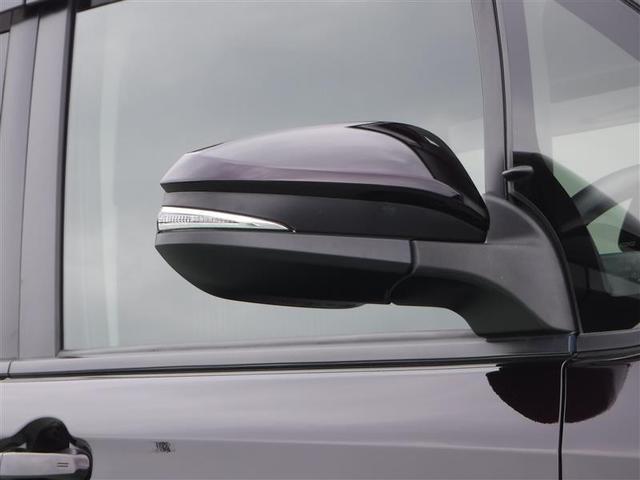 トヨタ ノア Si 両側パワースライドドア メモリーナビ