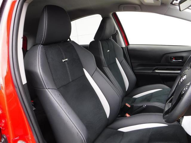 『運転席シート』除菌クリーニング済みでキレイ☆シミや破れ・ヘタリなどもなく、快適にお使いいただけます♪シートの座面が角度調整ができるアジャスタ-付になります。