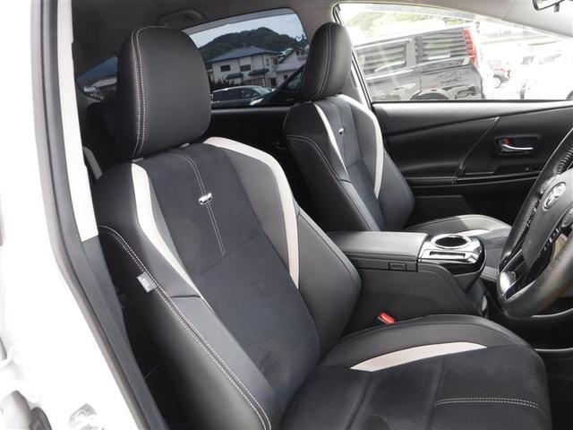 【運転席】運転する人の体をしっかり支えるシート!疲れないシートで適正な運転姿勢を保てて安全♪