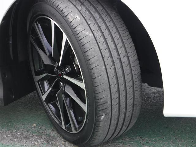 タイヤの溝もしっかり残っております♪