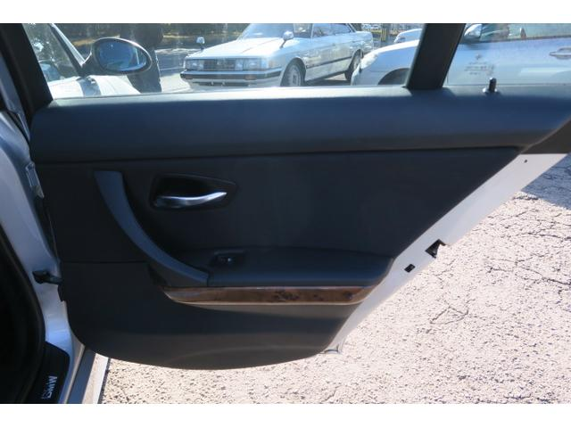 BMW BMW 323i ナビ ETC キーレス