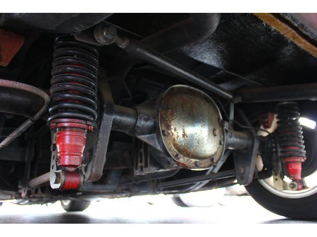C1 61モデル レストア車 AT 左ハンドル 赤革 車高調(12枚目)