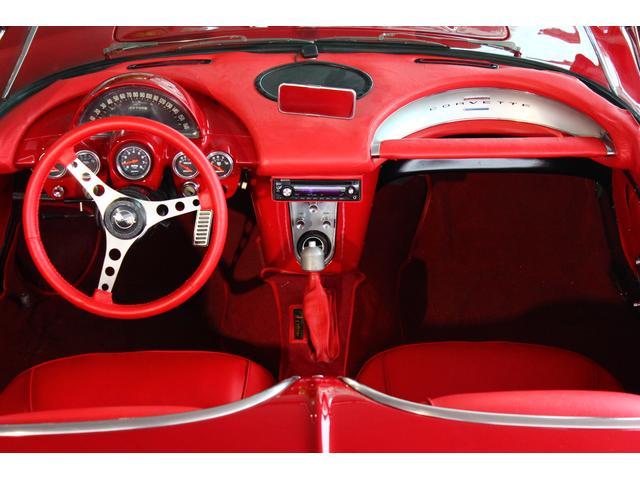 C1 61モデル レストア車 AT 左ハンドル 赤革 車高調(13枚目)