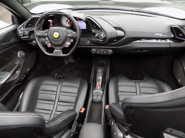 「フェラーリ」「488スパイダー」「オープンカー」「大分県」の中古車12