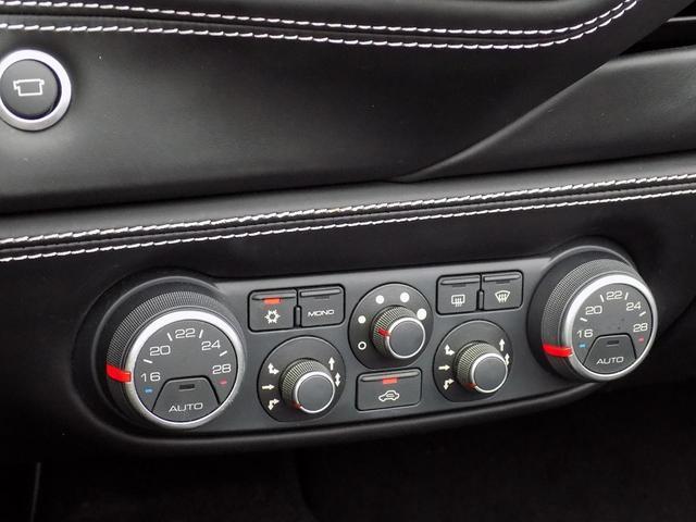 「フェラーリ」「488スパイダー」「オープンカー」「大分県」の中古車28
