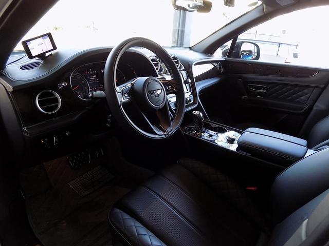 ベースグレード D車左H ツーリング&カーボンスタイリング&マリーナドライビングスペック SR MANSORYカーボンボンネット Precisione24inAW STARTECHマフラー 電動サイドステップ 黒革(18枚目)