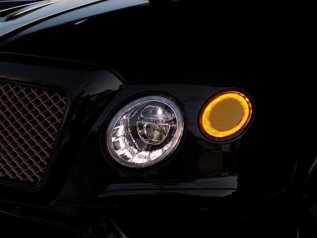ベースグレード D車左H ツーリング&カーボンスタイリング&マリーナドライビングスペック SR MANSORYカーボンボンネット Precisione24inAW STARTECHマフラー 電動サイドステップ 黒革(42枚目)
