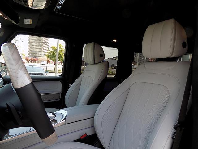 G400d マヌファクトゥーアエディション 限定車 D車左H インテリア+PKG AMGライン ラグジュアリーPKG 白革 SR アダプティブダンピング レーダーセーフティ 360°カメラ AMG20inAW ベンチレーション&マッサージシート(13枚目)
