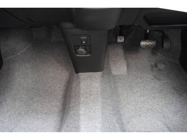 ハイブリッドX セーフティPKG標準装備 新車未登録(12枚目)