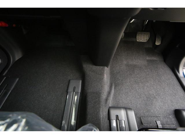 カスタムRSオプションカラーアップグレードパック 新車未登録(12枚目)