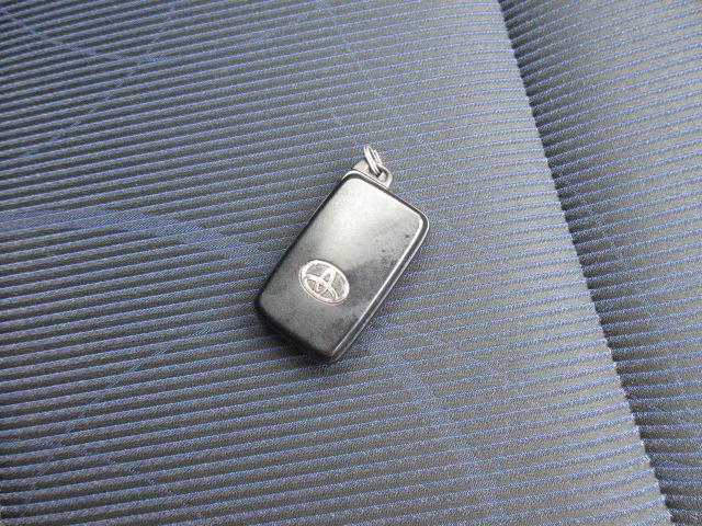 S 2年保証 福祉車両 助手席回転シート 車いす収納装置付き 純正ナビ バックモニター スマートキー ETC(11枚目)