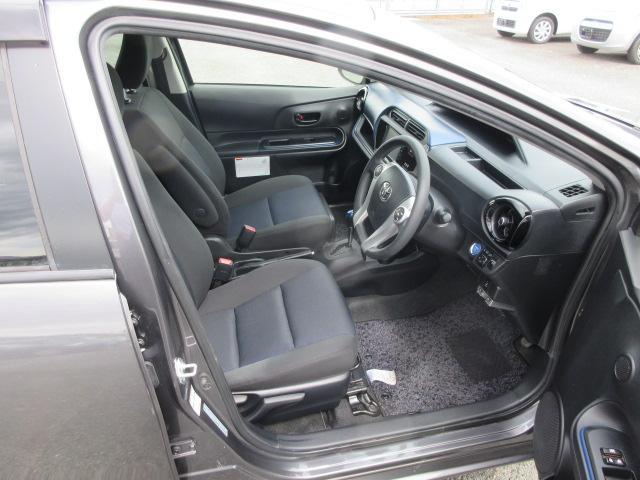 S 2年保証 福祉車両 助手席回転シート 車いす収納装置付き 純正ナビ バックモニター スマートキー ETC(15枚目)