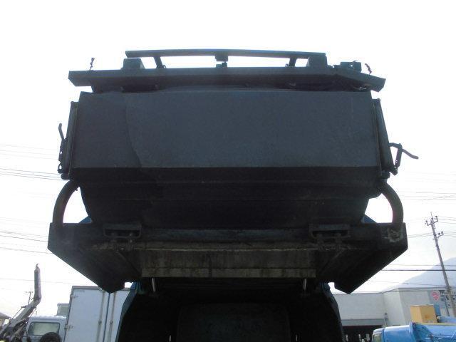 いすゞ エルフトラック 3T パッカー車 回転式 ダンプ式 6.7立米