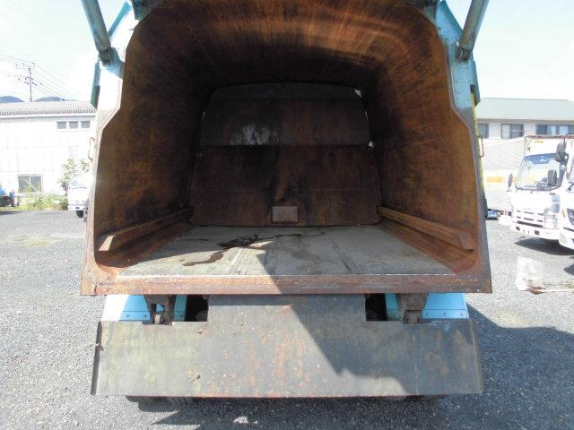 UDトラックス コンドル 4T パッカー車 回転式 押し出し式