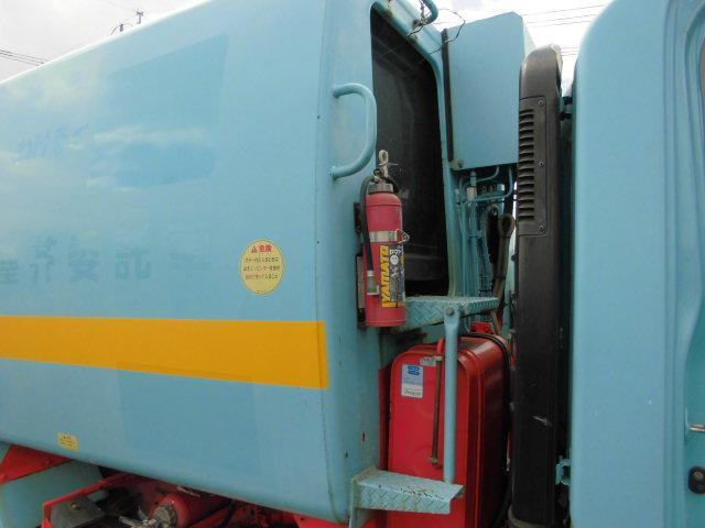 3T パッカー車 塵芥車 回転式 押出し式 6.4立米(12枚目)