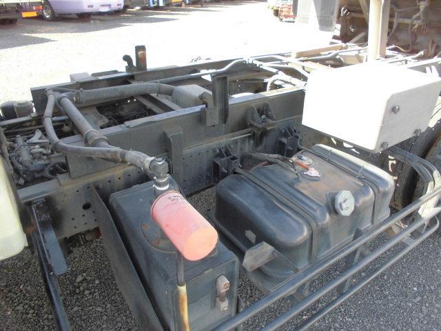 4.8T パッカー車 塵芥車 回転式 ダンプ式 8.5立米(15枚目)