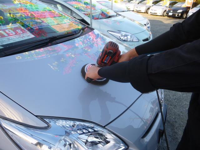 定期的に展示車を磨き上げておりますのでいつもピカピカです☆☆☆
