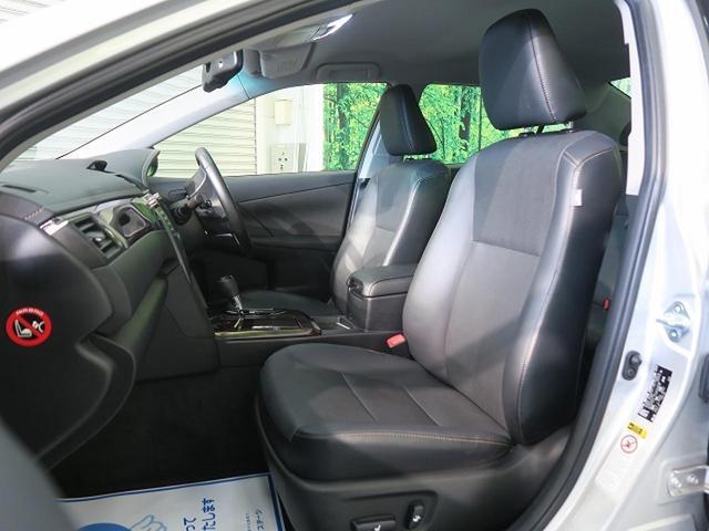 助手席も十分なスペースがございますので、ゆったりと座って頂けます。【前席パワーシート】なので助手席の方も楽々操作♪【シートヒーター】も付いてます。