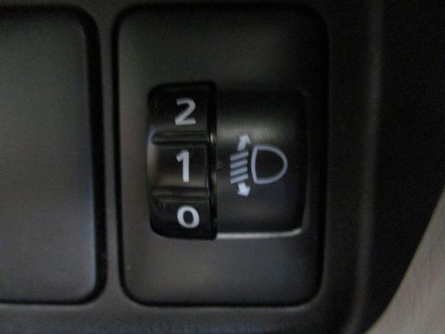S 駆動FFヘッドランプハロゲンアイドリングストップパワーウインドウキーレスエントリーマニュアルエアコンフロントシート形状ベンチシート2列目シート形状分割可倒パワーステアリング禁煙車(16枚目)