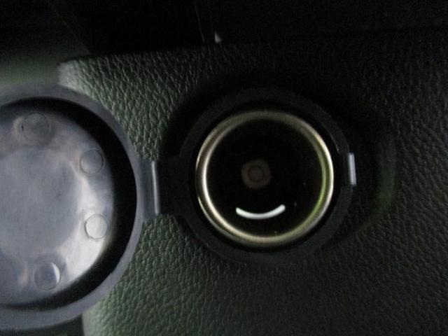 S 駆動FFヘッドランプハロゲンアイドリングストップパワーウインドウキーレスエントリーマニュアルエアコンフロントシート形状ベンチシート2列目シート形状分割可倒パワーステアリング禁煙車(17枚目)