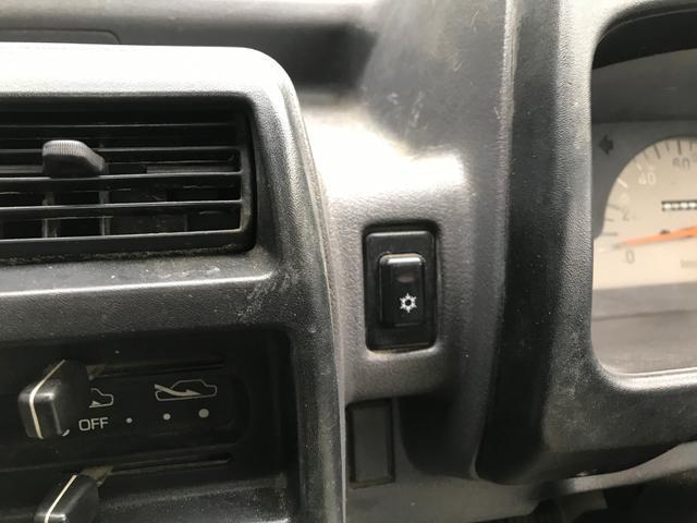 5速マニュアル エアコン 4WD(16枚目)